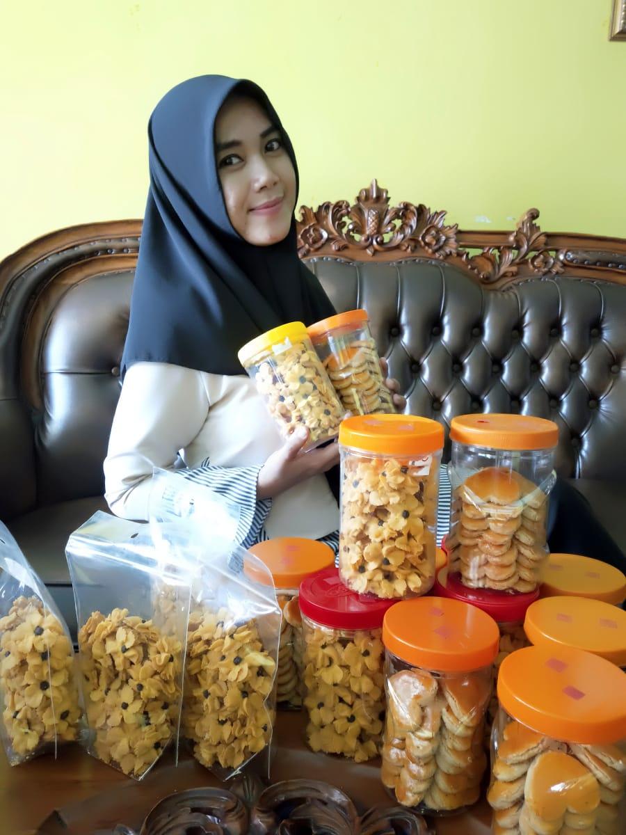 Penjualan Kue Kering Laris Manis Jelang Lebaran Kanal Kalimantan